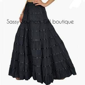 🆕⭐ Boho Black ribbon tiered ruffle maxi skirt
